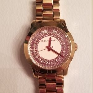 Like new rose gold Michael Kors watch